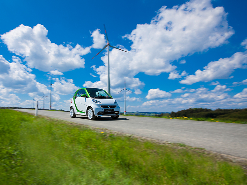 Smart fortwo electric drive mit einer Lithium-Ionen Batterie